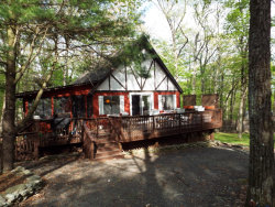 Photo of 152 N Forest Rd, Milford, PA 18337 (MLS # 18-2170)