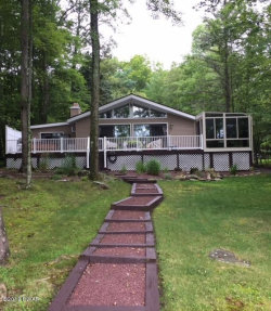 Photo of 124 Circle Dr, Milford, PA 18337 (MLS # 18-2846)