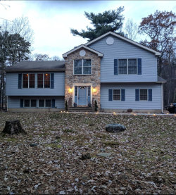 Photo of 127 Magnolia Ln, Milford, PA 18337 (MLS # 18-5049)