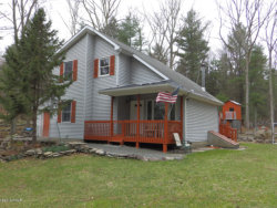 Photo of 101 Bayberry Dr, Milford, PA 18337 (MLS # 19-1574)