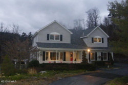 Photo of 108 Greenwood Dr, Milford, PA 18337 (MLS # 19-5130)