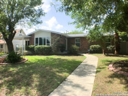 Photo of 811 TAMWORTH DR, Castle Hills, TX 78213 (MLS # 1241242)