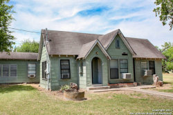 Photo of 1112 Lamar St, George West, TX 78022 (MLS # 1243723)