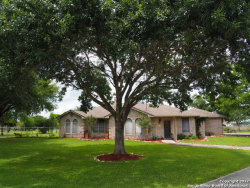 Photo of 124 Victorian Cir, Marion, TX 78124 (MLS # 1247558)