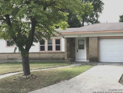 Photo of 210 Williamsburg Pl, San Antonio, TX 78201 (MLS # 1251973)