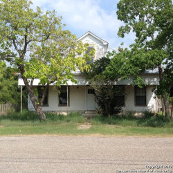 Photo of 206 Anglin, Smiley, TX 78140 (MLS # 1259829)