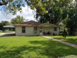 Photo of 918 6TH ST, Floresville, TX 78114 (MLS # 1272826)