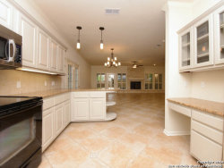 Photo of 8 BARCOM CT, San Antonio, TX 78218 (MLS # 1275090)