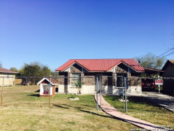Photo of 442 STUTTS DR, San Antonio, TX 78219 (MLS # 1281156)