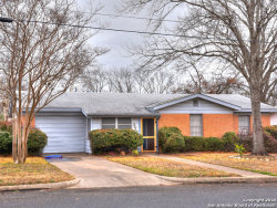 Photo of 326 W Burbank St, Fredericksburg, TX 78624 (MLS # 1289976)