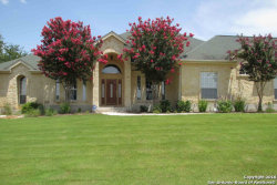 Photo of 105 KENDALL WOODS DR, Boerne, TX 78006 (MLS # 1293881)