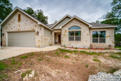 Photo of 204 River Forest Dr, Boerne, TX 78006 (MLS # 1384703)