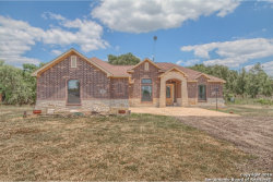 Photo of 405 Falling Leaf Dr, Lytle, TX 78052 (MLS # 1400979)