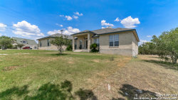 Photo of 354 Zenith Ln, New Braunfels, TX 78132 (MLS # 1406229)