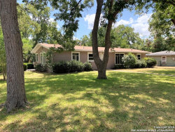 Photo of 927 E IRELAND ST, Seguin, TX 78155 (MLS # 1406359)