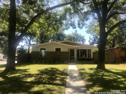 Photo of 302 LOCKNERE LN, San Antonio, TX 78213 (MLS # 1419722)