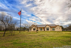 Photo of 1027 COUNTY ROAD 367, Hondo, TX 78861 (MLS # 1438510)