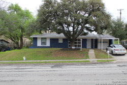 Photo of 210 Clubhill Dr, San Antonio, TX 78228 (MLS # 1441161)