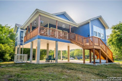 Photo of 370 GUADALUPE RIVER DR, Seguin, TX 78155 (MLS # 1453232)