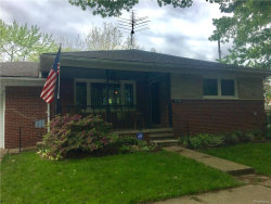 Photo of 5930 CANYON ST, Grosse Pointe, MI 48236 (MLS # 21301445)