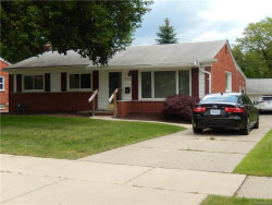 Photo of 22900 FARMINGTON, Farmington, MI 48336 (MLS # 21304965)