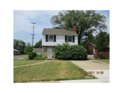 Photo of 18332 WESTHAVEN AVE, Southfield, MI 48075 (MLS # 21309520)