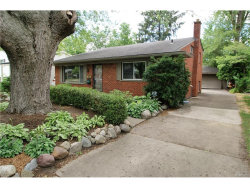 Photo of 118 W LAWRENCE AVE, Royal Oak, MI 48073 (MLS # 21313303)