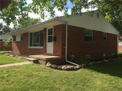 Photo of 910 W STEPHEN AVE, Clawson, MI 48017 (MLS # 21346327)