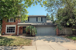 Photo of 946 CRESCENT LN, Grosse Pointe Woods, MI 48236 (MLS # 21347182)