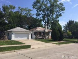 Photo of 10200 KENWOOD ST, Oak Park, MI 48237 (MLS # 21347470)