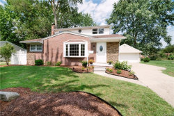 Photo of 230 WINRY DRIVE, Rochester Hills, MI 48307 (MLS # 21356016)