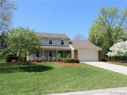 Photo of 762 BAYLOR RD, Rochester Hills, MI 48309 (MLS # 21357619)