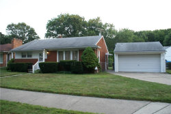 Photo of 5717 LANNOO ST, Grosse Pointe, MI 48236 (MLS # 21357745)