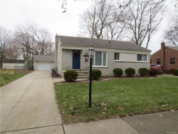 Photo of 23825 BEACON DR, Farmington, MI 48336 (MLS # 21394843)