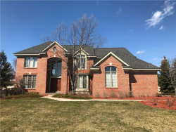 Photo of 7214 HIDDEN CREEK CRT, West Bloomfield, MI 48322 (MLS # 21415852)