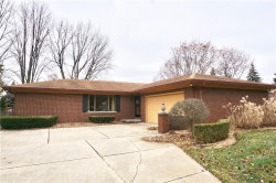 Photo of 15136 PARAMOUNT CRT, Sterling Heights, MI 48313-4459 (MLS # 21533169)