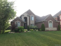 Photo of 53053 PONDVIEW, Utica, MI 48315-1792 (MLS # 21642733)