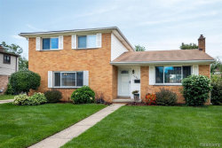 Photo of 11284 DIAMOND DR, Sterling Heights, MI 48314-2613 (MLS # 21646829)