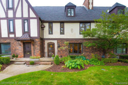 Photo of 550 CADIEUX RD, Grosse Pointe, MI 48230-1508 (MLS # 30776027)