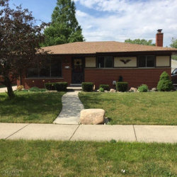 Photo of 21701 Timberidge, Saint Clair Shores, MI 48082 (MLS # 31323451)
