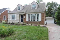 Photo of 4510 Groveland, Royal Oak, MI 48073 (MLS # 31323718)