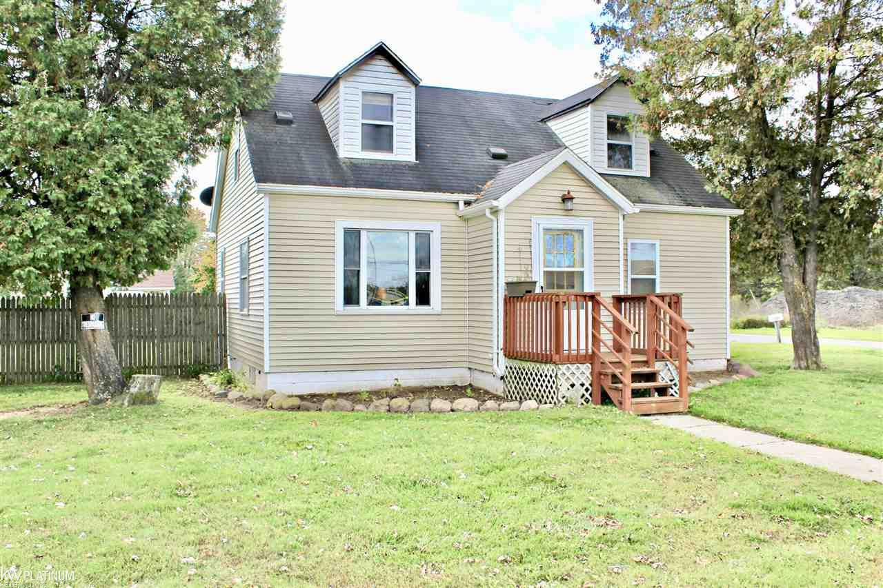 Photo for 5543 Lancaster Rd, Croswell, MI 48422-1432 (MLS # 31362793)