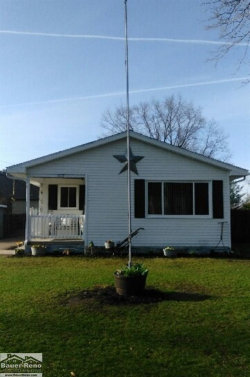 Photo of 105 W State, Croswell, MI 48422 (MLS # 31369206)