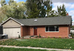 Photo of 902 Pioneer, Saginaw, MI 48604 (MLS # 31397928)