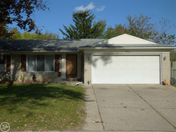 Photo of 39420 Fenmore Ct, Sterling Heights, MI 48313-5065 (MLS # 31399946)