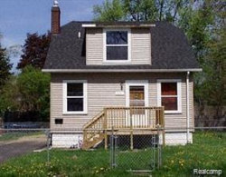 Photo of 232 W HOWARD ST, Pontiac, MI 48342-1242 (MLS # 40017237)