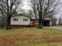 Photo of 1020 26TH ST NE, Hickory, NC 28601 (MLS # 9597376)