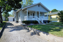 Photo of 158 East Jennings Avenue, Wood River, IL 62095-1546 (MLS # 17038324)