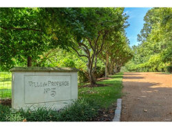 Photo of 5 Apple Tree Lane, Ladue, MO 63124-1601 (MLS # 17065540)