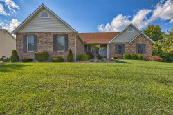 Photo of 214 Summit Ridge, Weldon Spring, MO 63304-0907 (MLS # 17067577)